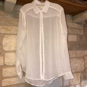 NWOT Super sheer Abercrombie & Fitch top SZ L